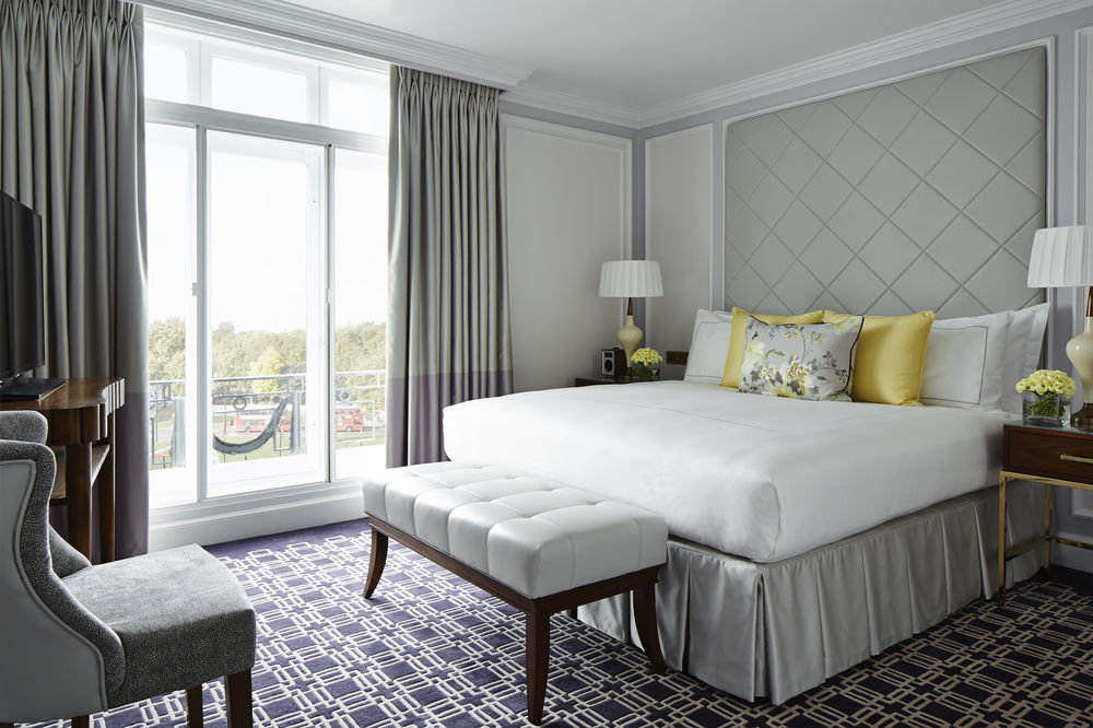 luxury hotel hyde park